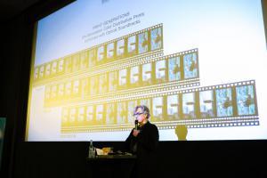 Regisseur und Autor Wim Wenders im Gespräch über die Entwicklung des analogen Filmmaterials von DER HIMMEL ÜBER BERLIN.