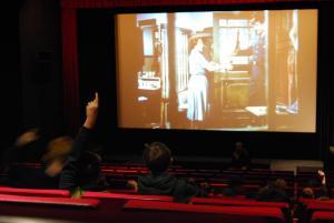 Im Filmgespräch über die verschiedenen Verfilmungen von Erich Kästners EMIL UND DIE DETEKTIVE.