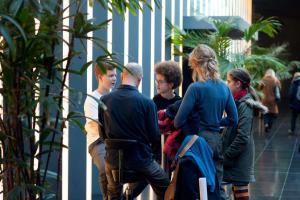 Die FBW-Jugend Filmjury Berlin im Gespräch nach der Veranstaltung FILME SEHEN - FILME HÖREN