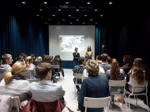 Schnupperkurs Handyfilm in der Stiftung Deutsche Kinemathek